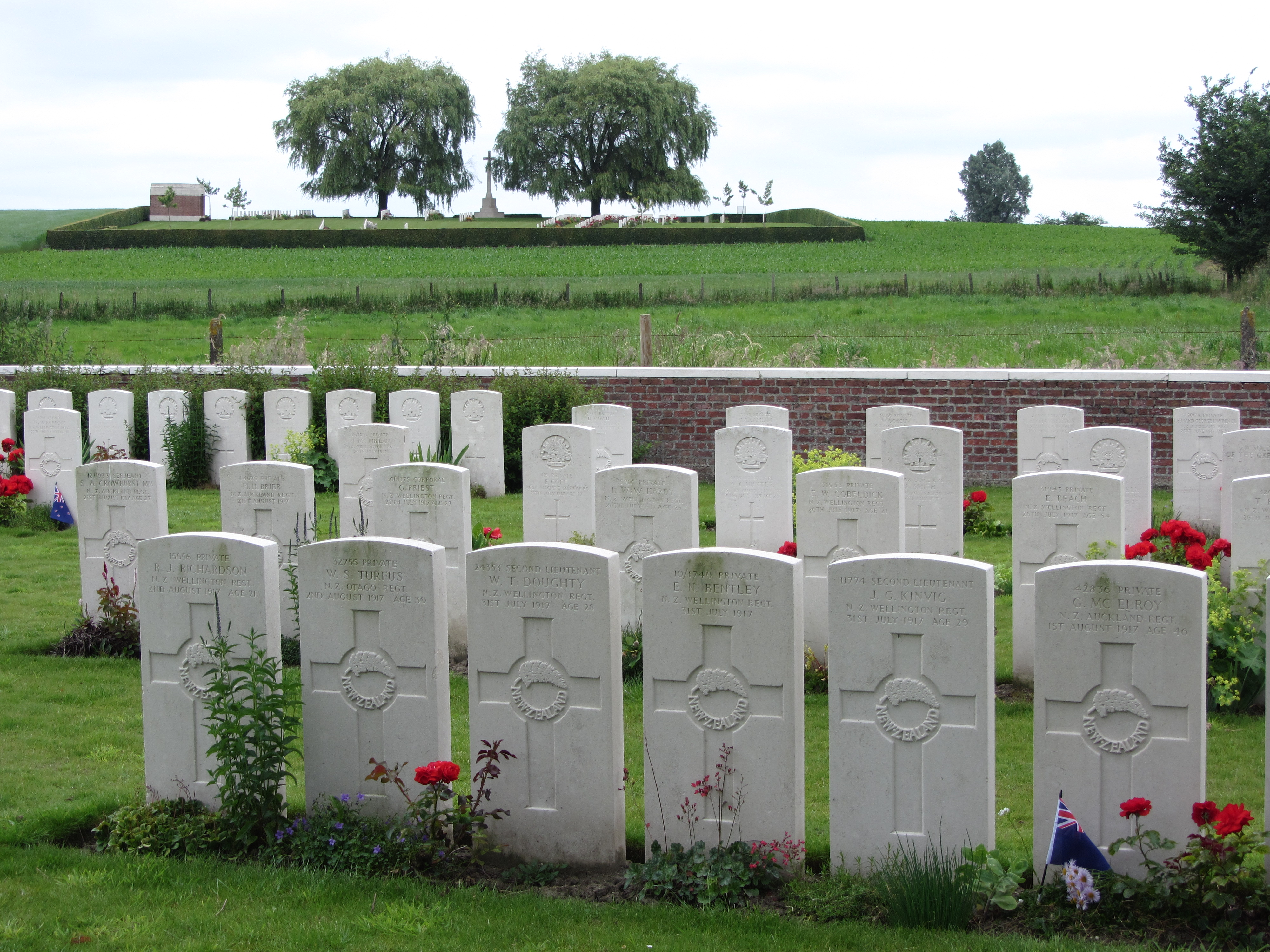 cemetery and familiar mud track Dickebusch new military cemetery and extension are commonwealth war graves commission (cwgc) burial grounds for the dead of the first world war located in the ypres salient on the western front in belgium.