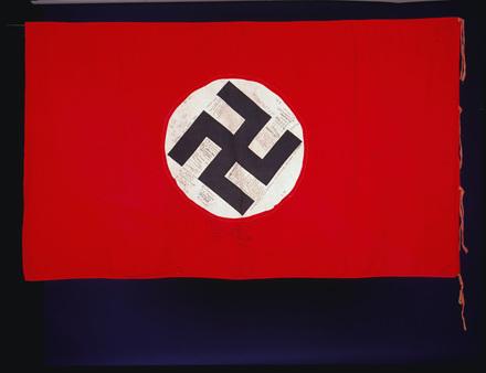 German flag with swastika, autographed [F070]