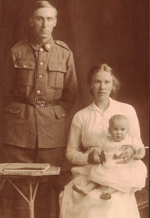 Family photograph, John Calder, his wife Clarice and daughter Beatrice Ellen - No known copyright restrictions