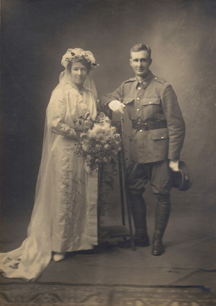Wedding, WW1, soldier in uniform, John and his bride Bertha 1917 (kindly provided by family) - No known copyright restrictions