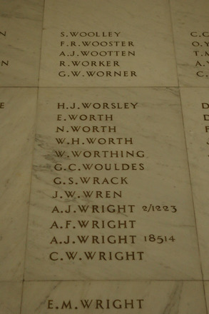 Auckland War Memorial Museum, World War 1 Hall of Memories Panel Woolley, S. - Wright, C.W. (photo J Halpin 2010) - No known copyright restrictions