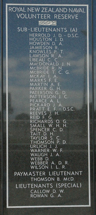 New Zealand Naval Memorial, Devonport, Panel 9: Royal New Zealand Naval Volunteer Reserve - Sub - Lieutenants (A) - Herrold - Wilson, Paymaster Lieutenant, Lieutenants (Special) (digital photo John Halpin 2011) - CC BY John Halpin