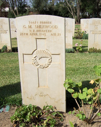 Headstone, Enfidaville War Cemetery, Tunisia (photo B. Coutts, 2009) - This image may be subject to copyright