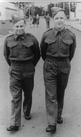 Beamish Blake Bruford (right hand side) and another unidentified soldier walking