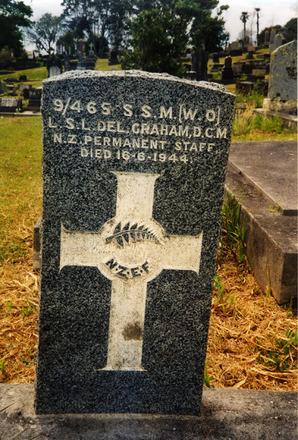 Headstone at O'Neills Point Cemetery provided by Paul Baker 2002. - This image may be subject to copyright
