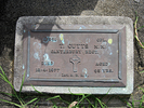 Gravestone at Papakura Cemetery provided by Sarndra Lees 2012 - Image has All Rights Reserved.