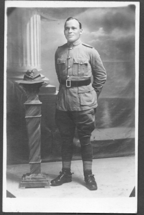 Portrait, WW1, studio photograph, postcard stamped, unfranked (front), James Arthur Hunt (7/2275) ghe is wearing machine gun hat badge. - No known copyright restrictions