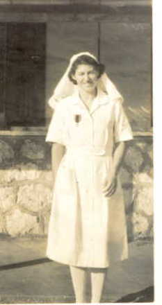 Portrait, Muriel Grace Brown in Nurses' uniform - This image may be subject to copyright
