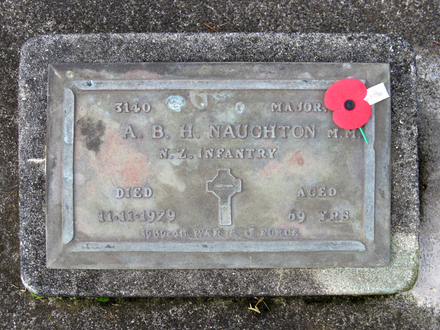 Gravestone at Papatoetoe Cemetery provided by Sarndra Lees April 2013 - This image may be subject to copyright