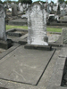 Grave and Headstone, Waikaraka Cemetery (2009) - No known copyright restrictions