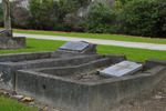 Grave,O'Neill's Point Cemetery (photo J. Halpin 2011) - No known copyright restrictions
