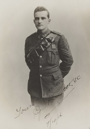 Cyril Bassett VC. Archives New Zealand Reference: AALZ 25044 F721 (R24184878) (Great War Medal Winner Photograph). (CC BY-SA 2.0).