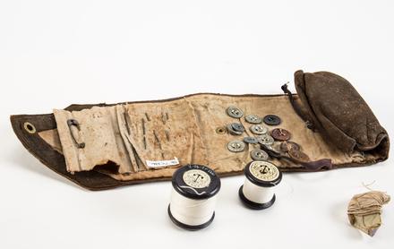 WW1 hussif sewing kit, 1995x2.90