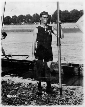 Darcy Hadfield. Springer, G R :Photographs of New Zealand rowers. Ref: 1/2-052308-F. Alexander Turnbull Library, Wellington, New Zealand. http://natlib.govt.nz/records/23224918. Image has no known copyright restrictions.