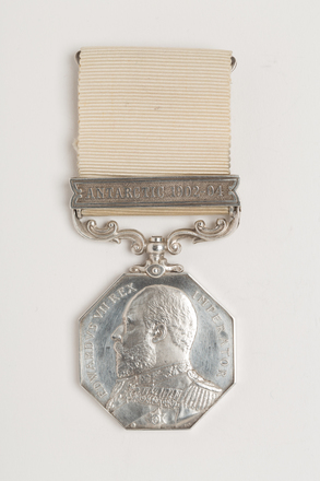 medal, award, N1509, N1509.1, Photographed by: Rohan Mills, photographer, digital, 22 Dec 2016, © Auckland Museum CC BY