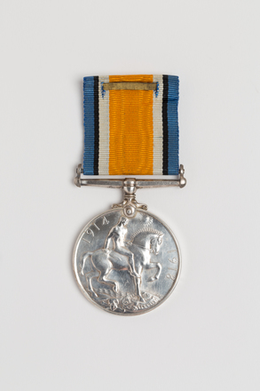 medal, campaign, 2016.23.2, Spink: 144, Photographed by Julia Scott, digital, 07 Mar 2017, © Auckland Museum CC BY