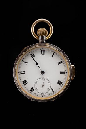 watch, H240, 100170, Photographed by Jennifer Carol, digital, 31 Oct 2017, © Auckland Museum CC BY