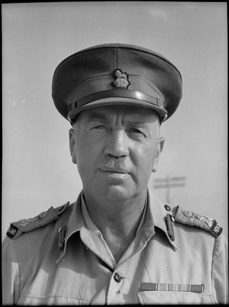 Bull, George Robert, 1910-1996. Bull, George Robert, 1910-1966 : Brigadier Graham Beresford Parkinson, Maadi, Egypt. New Zealand. Department of Internal Affairs. War History Branch :Photographs relating to World War 1914-1918, World War 1939-1945, occupation of Japan, Korean War, and Malayan Emergency. Ref: DA-04418-F. Alexander Turnbull Library, Wellington, New Zealand. /records/22702246
