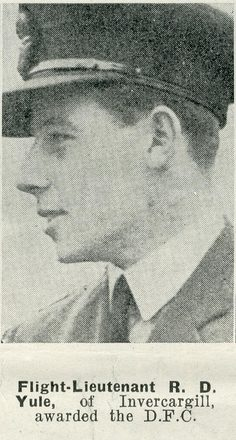 Portrait of Flight Lieutenant Robert Yule, Auckland Weekly News, 29 April 1942. Sir George Grey Special Collections, Auckland Libraries, AWNS-19420429-22-22. Image has no known copyright restrictions.
