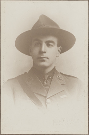 Portrait of Lieutenant Colin Hally, Archives New Zealand, AALZ 25044 2 / F936 48. Image subject to copyright restrictions.