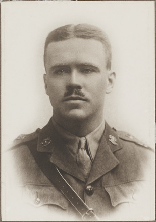 Portrait of Major Donald Sinclair Murchison, Archives New Zealand, AALZ 25044 5 / F2065 11. Image is subject to copyright restrictions.