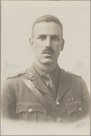Portrait of Major Frederick Cameron, Archives New Zealand, AALZ 25044 2 / F1057 15. Image is subject to copyright restrictions.