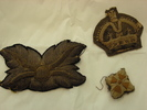 Military-style embroidered badges (.1), (.2) and (...
