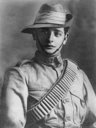 Photo taken at the time of enlistment in Wellington of the Canterbury Section on 13 Jan 1901.