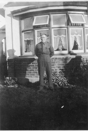 Ray Herriott at Mr. Jim Blackmun's house, Lady Barkly, near Winton.
