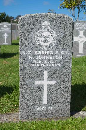 Photographed in Karori Cemetery, Wellington in October 2016