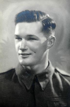 Portrait of John Anderson in uniform.