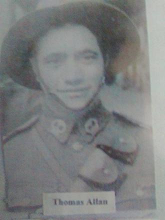 Son of Thomas and Raina Allan Born 1919, Whanganui Awa