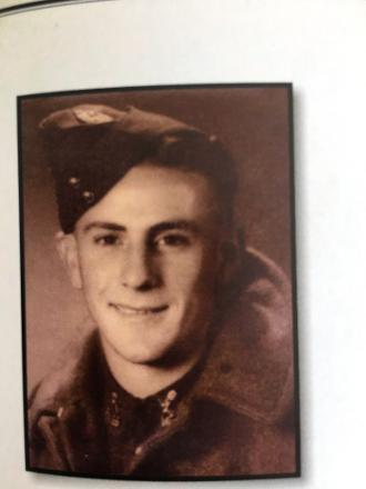 Official photo before his departure to war.