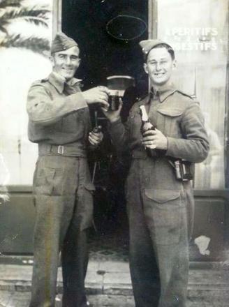 Kevin Frederick Askew (left) & brother Alwyn Melville Askew (right)Celebrating
