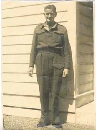 Arthur Heads, who served as a Gunner as part of the 2NZEF during WW2