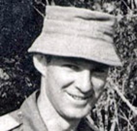 30757 Richard Murray MOUNTFORT - AATTV 1971. Richard we a Major at Dieppe Barracks in 1980/82.