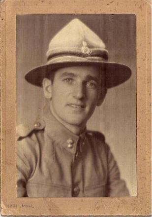 Taken at the time of enlistment in the NZ Army, 14 Sep 1939.