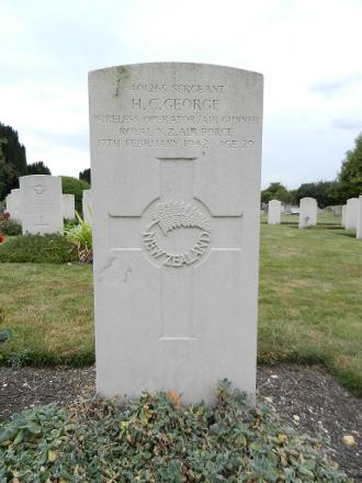 Cambridgeshire, England Plot: Row FF. Grave 11