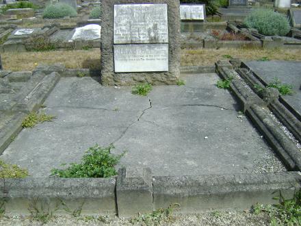 Grave plot and headstone - Feb 2014
