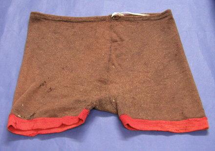 shorts, front