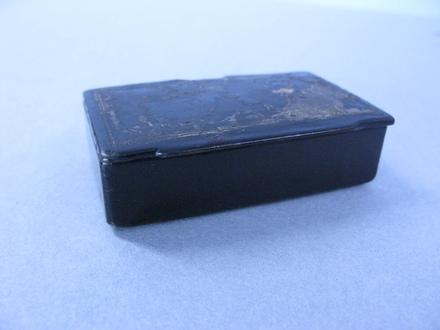 snuff box, M2136