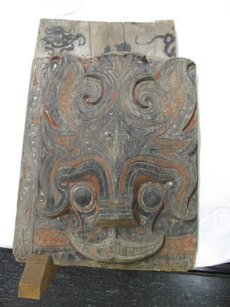 carving, house