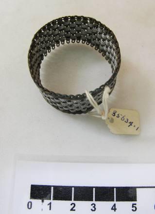 ring, napkin
