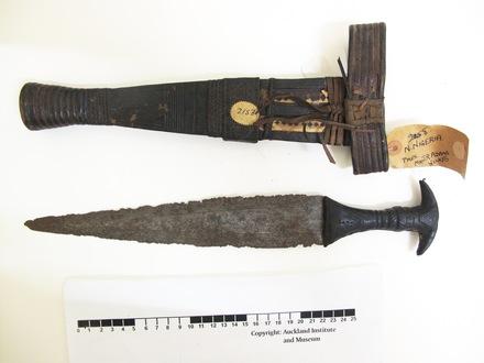 dagger & sheath