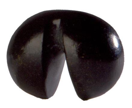 Twin-lobed pendant