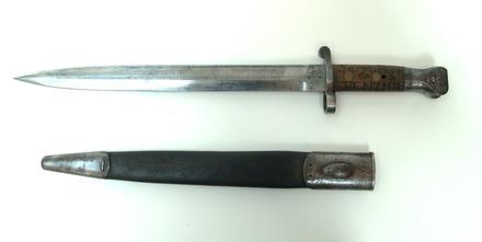 bayonet, sword (and scabbard) W2530