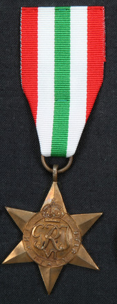 medal, campaign 1975.40.13