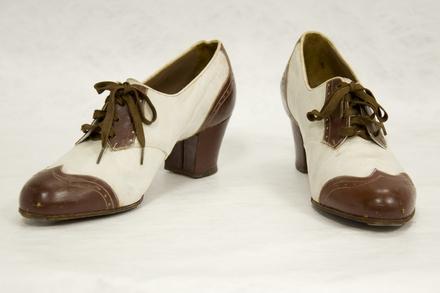 shoes, pair, woman's