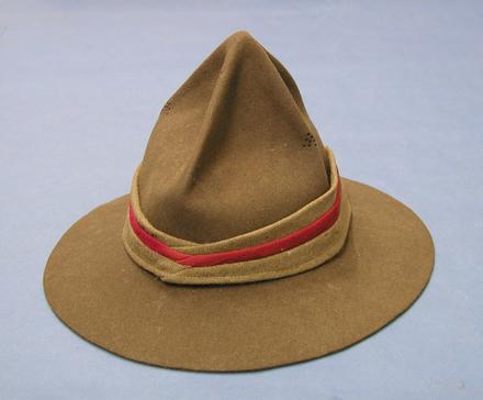 hat, lemon squeezer U089