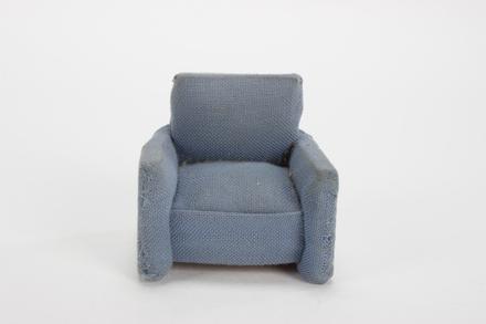 chair; 2013.51.2.1